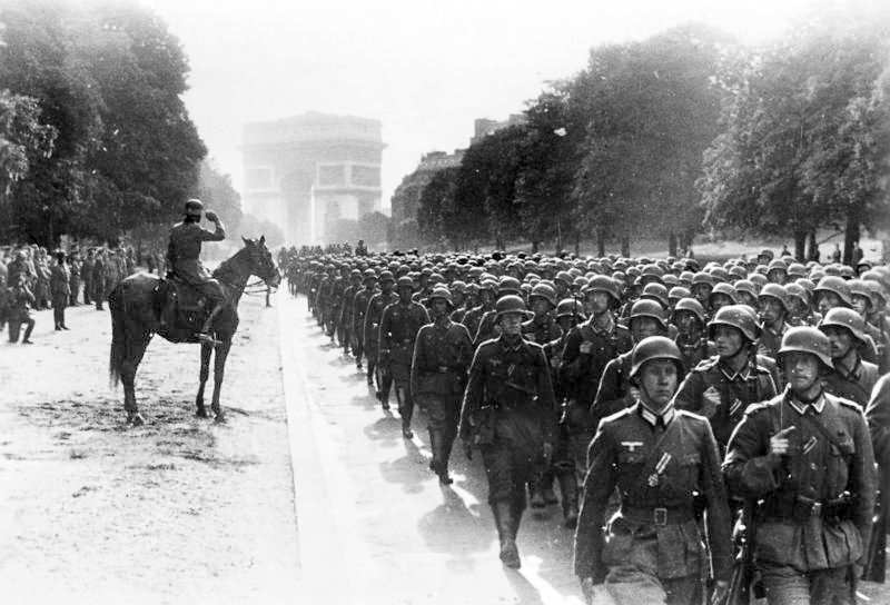 Bundesarchiv Bild 183 L05487 Paris Avenue Foch Siegesparade